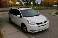 2004 Toyota Sienna LE Excellent condition