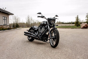 2012 Victory Vegas 8 Ball (106 Cubic Inch 6 Speed)