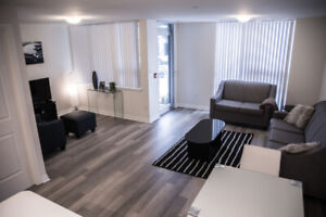 LUXURY FURNISHED CONDO TOWN HOUSE SHORT STAY RENTAL- MISSISSAUGA
