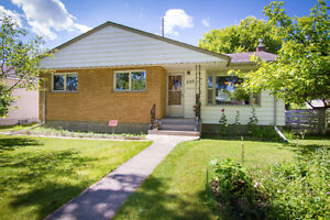 Open House Sat, Aug 20 At This Solid River Heights Bungalow!!