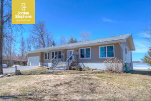 382 Whites Point Rd- Waterfront Living!