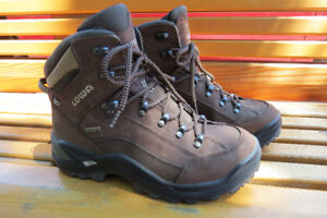 Bottes Lowa Renegade GTX Mid wide Hiking Boots