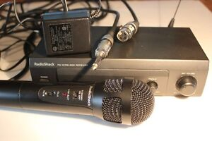 RADIO SHACK  Wireless Microphone (VIEW OTHER ADS)