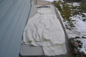 Formal Off White Dress - used once, needs to be steamed size 18