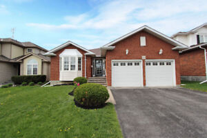 Open House - 2 Bdrm Bungalow In Desirable North Glen Community!