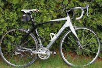 Vélo de route à vendre impécable (nouveau prix)