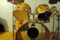 Drums, cymbals a vendre, new/neuf et vintage.