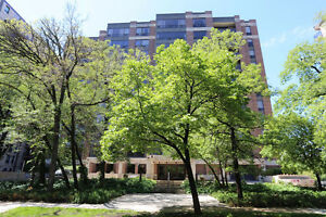 Spacious Condo In Highly Sought-After 141 Wellington!