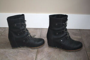 Sorel Leather Wedge Mid Boot