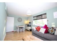 1 bedroom flat in Vermont Road, Crystal Palace, London, SE19