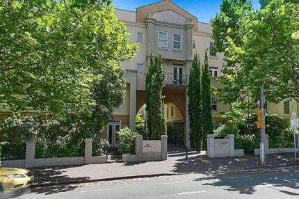 Duplex double furnished bedroom close to Uni for ONE person Carlton Melbourne City Preview