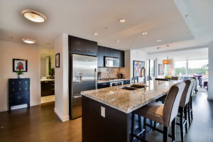Stunning 2 Bedroom Luxury Condo in White Rock