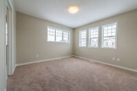 EXECUTIVE TOWNHOME IN LAKE SUMMERSIDE