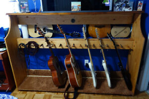 GREAT GUITAR STAND - LIKE NEW!  HAND MADE OF SOLID PINE!