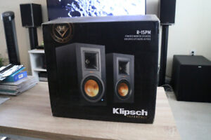 Klipsch R-15PM Powered Monitor Speakers - New