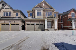 Gorgeous brand new detached Home with approx. 3100Sqft!