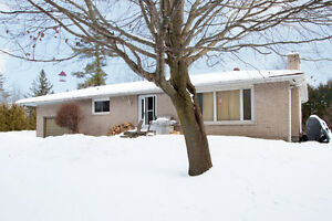 Great Bungalow in Scugog for Sale