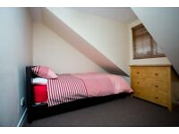 DOUBLE ROOM, HOUSE SHARE, NEWLY DECORATED, FULLY FURN, WIFI, VIRGIN TV PACKAGE, CLEANER, NO DEPOSIT