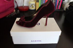 Purple suede pumps from Bakers, size 8.5 London Ontario image 3
