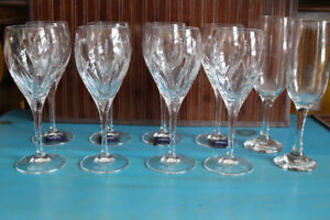 "MIKASA ""Agena"" Crystal Wine Glasses - Set of 8 (plus 2 flutes)"