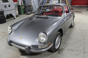 LOOKING FOR AN OLD PORSCHE