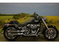 Harley Davidson FatBoy 1690 2013**KEYLESS IGNITION, ABS, VANCE & HINES EXHAUST**