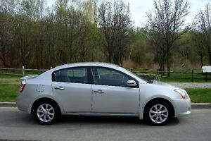 2012 Nissan Sentra SE 2.0L Off-Lease, From Nissan Canada