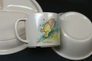 3 Piece Pooh Bear Plastic Dinnerware Set The Walt Disney Company Kingston Kingston Area image 3