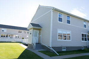 Renovated - fully finished townhouse!