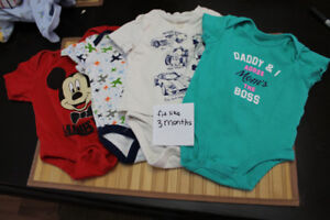 Baby clothes (0-3 months)