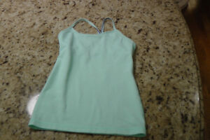 ivivva by lululemon kids sz 8 green tumblin'tank top