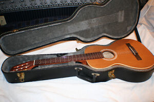 Ami Folk / Nylon Parlour Guitar Package, w/ Case & Book Kitchener / Waterloo Kitchener Area image 8