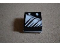 Gents Tie & Cuff link Set in Presentation Box- Brand new (unwanted gift)