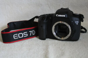 Canon 7D, Grip, Batteries and Lens