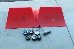 FLY WHEELS AND 2 RAMPS