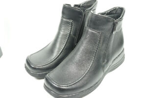 Women's Boots in size 9.