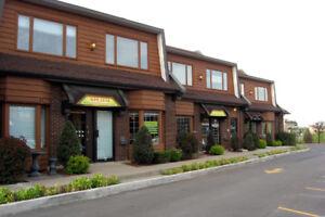Local à louer à Laval (Ste-Dorothée)