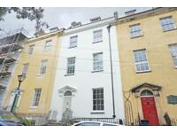 2 bedroom flat in Bellevue, Clifton, Bristol , BS8 1DA