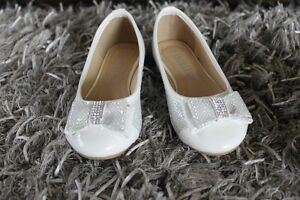 GIRL'S SHOES SIZE 9