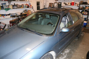 2005 Ford Taurus Wagon SEL for Parts