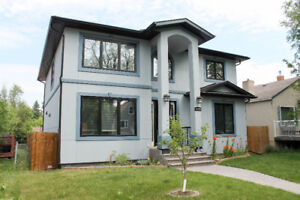 University House For Sale. Close to UofA.