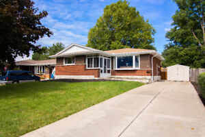 Gorgeous bungalow with full in-law suite!