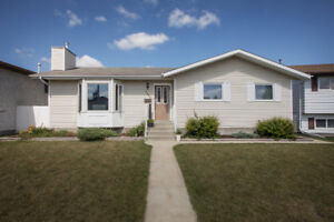 Bungalow for Sale in Innisfail