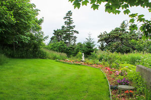Saltbox home on 1.2 ACRE lot with OCEAN access and view! St. John's Newfoundland image 7