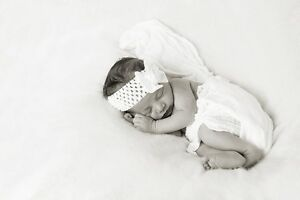 ~~ Beautiful IN HOME Newborn Photography ~~ London Ontario image 7