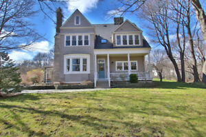 18 Topsail Road