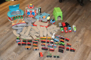 Thomas the train lot, Mostly die cast trains, some are rare.