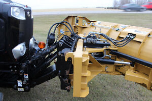 Kubota M110GX with blade and blower Regina Regina Area image 4