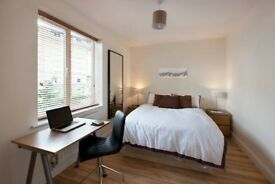 \Beautiful room 2 mins from Jermyn St /