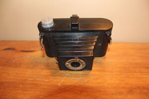 Old Donald Duck Camera from the 1940's London Ontario image 2